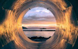『地下の丸穴』 本当にあった怖い話【長編・オカルト・都市伝説】