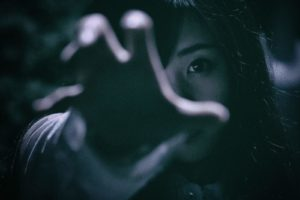 『喪服の女』 世にも奇妙な都市伝説【長編・オカルト・怖い話】