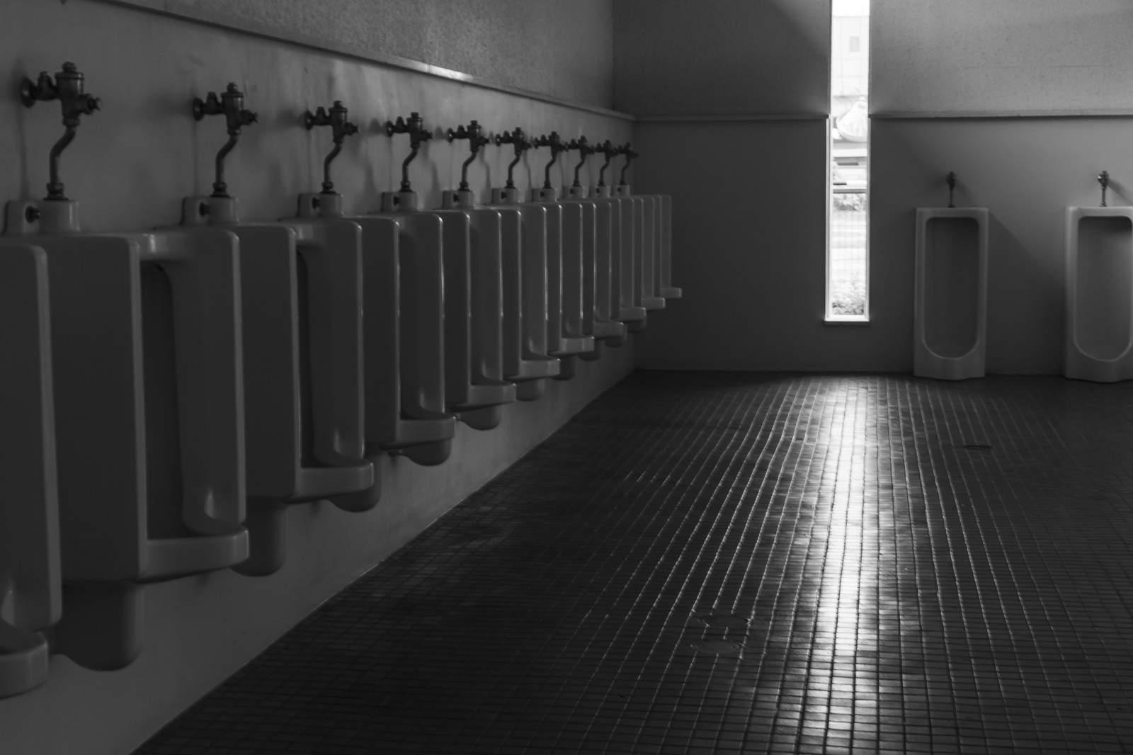 【 短編集】『ベッドの下に』『猛スピード』『トイレのオバサン』|本当にあった怖い話・オカルト・都市伝説
