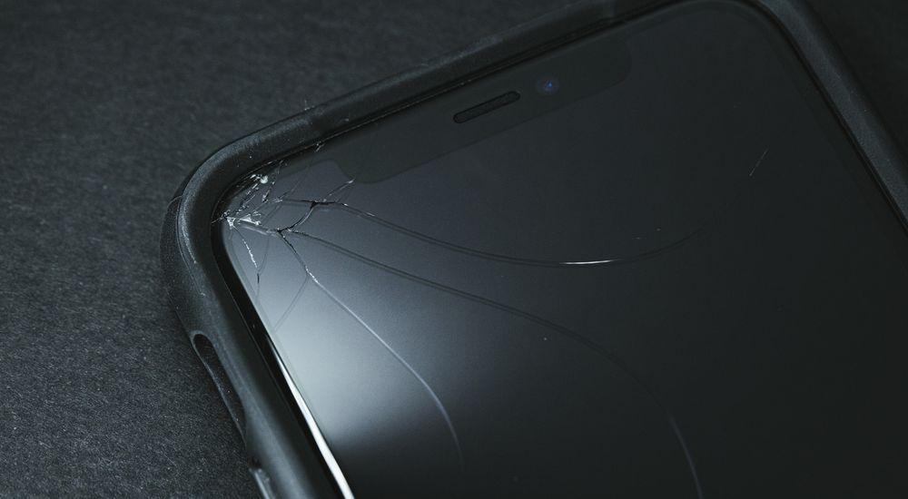 『とり憑かれた携帯』|洒落怖名作まとめ【長編】