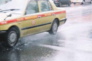 タクシーの怖い話『池上本門寺の裏』|厳選・怖い話名作まとめ