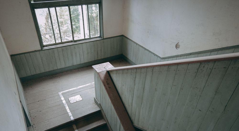【学校の怪談】『演劇部の幽霊』など 短編10話【5】|学校にまつわる怖い話